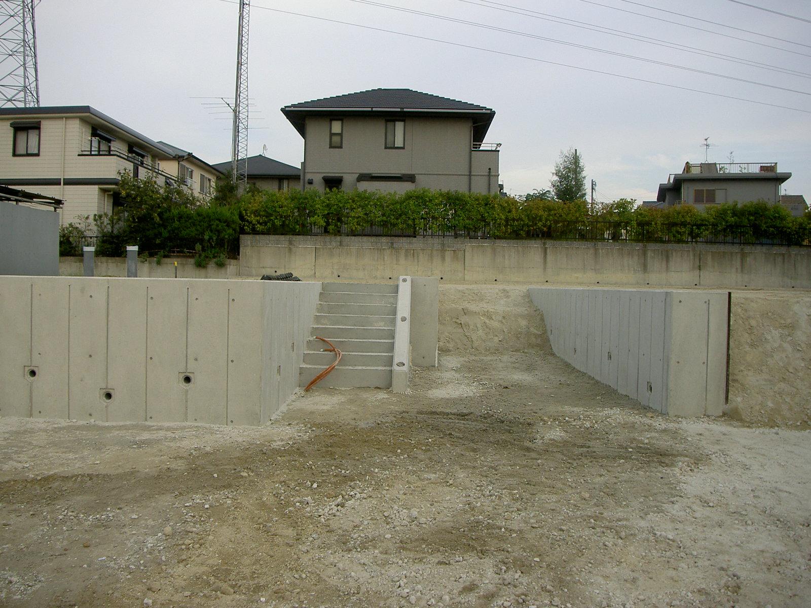 徳重東造成擁壁